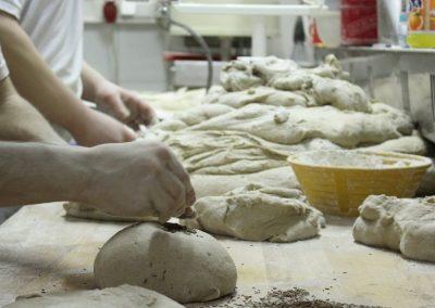 Bäcker bei der Arbeit